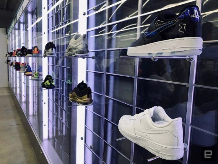 Nike has turned its  SNKRS  app into a pop-up shop — Retail ... 324394a071