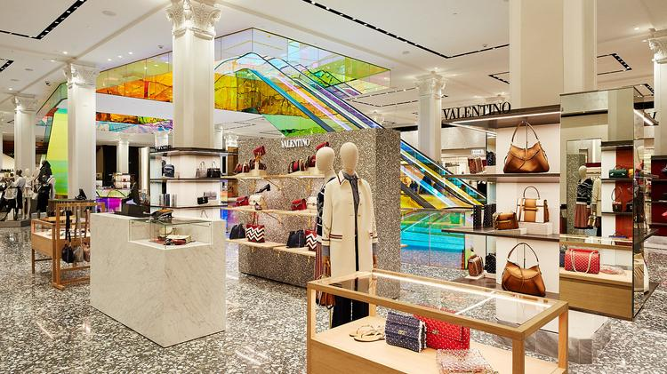 Usædvanlig Saks Fifth Avenue unveils new main floor at its NYC Flagship XF95